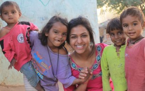 Rina-with-kids-in-India crop